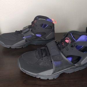 Nike Shoes | Nike Air Trainer Huarache